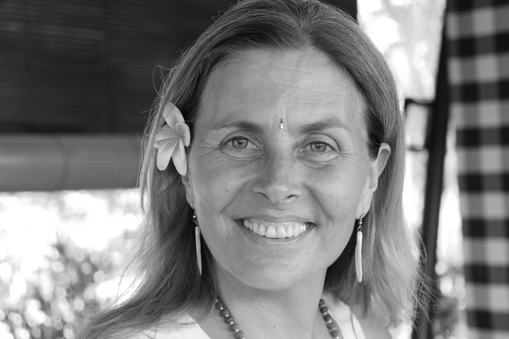 NAME :Sequoia Henning LOCATION : British Columbia, Canada SERVICES :∆ 200 /300 Holistic Yoga Teacher Training in India and Bali ∆ Sound Healing Retreats in India ∆ Awaken Self-Love Retreats in Bali ∆ Sound Healing workshops and group sound journeys, in Bali, India and Canada