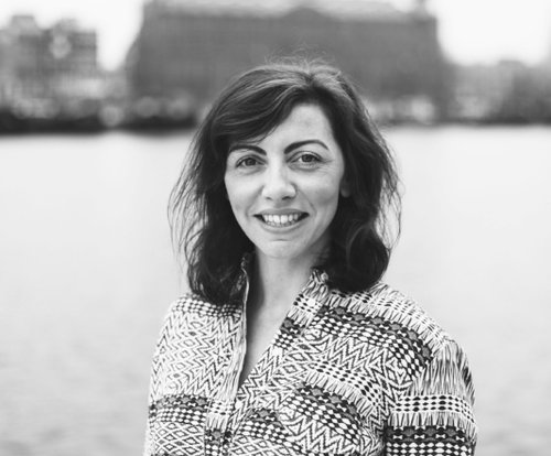 NAME : Nicola Cloherty LOCATION : Amsterdam, Netherlands SERVICES :∆ Essential Oil Coaching ∆ AromaTouch Certification ∆ Marketing consulting ∆ Mentorship and guidance ∆ Personal Development Coaching