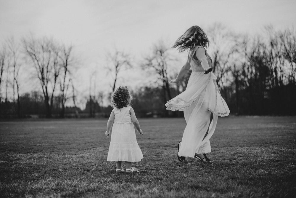 Megan Fuss Photography Creative Session Em & Aunts Family 00006.jpg