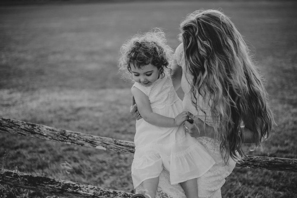 Megan Fuss Photography Creative Session Em & Aunts Family 00005.jpg