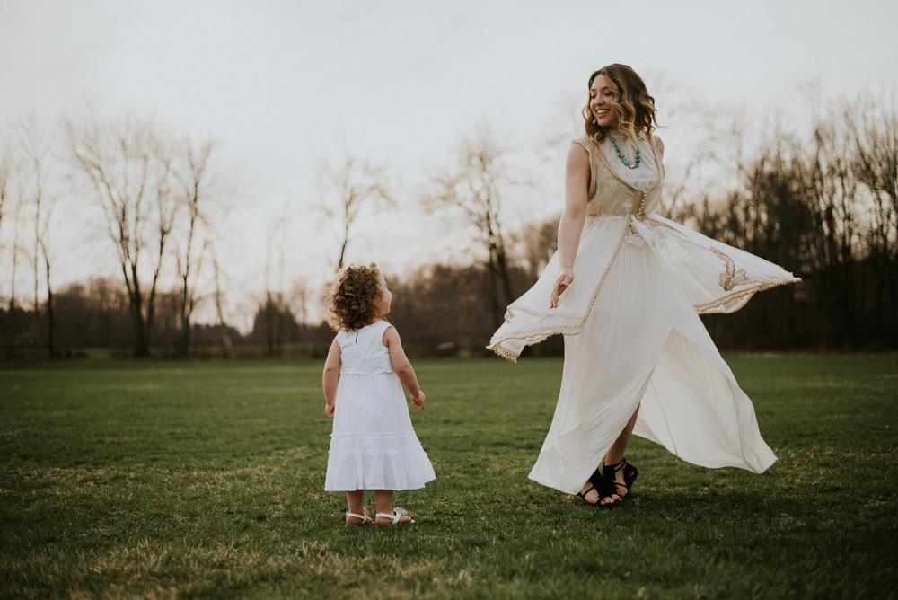 Megan Fuss Photography Creative Session Em & Aunts Family 00007.jpg