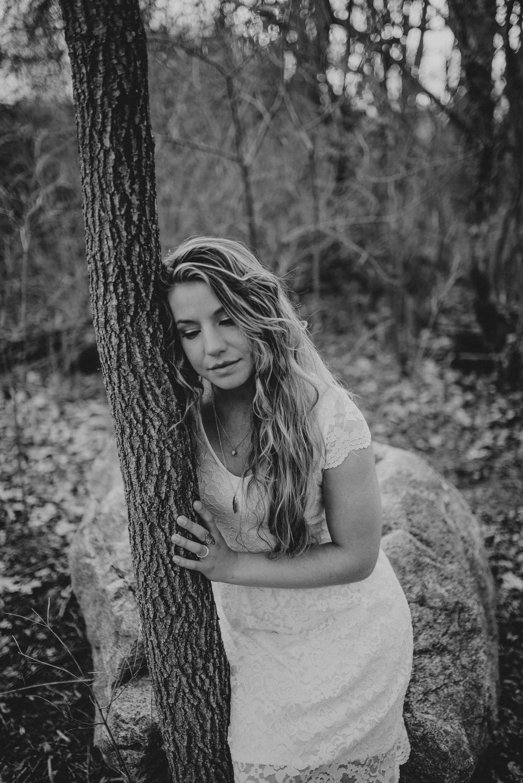 Megan Fuss Photography Creative Session Em & Aunts Family 00015.jpg