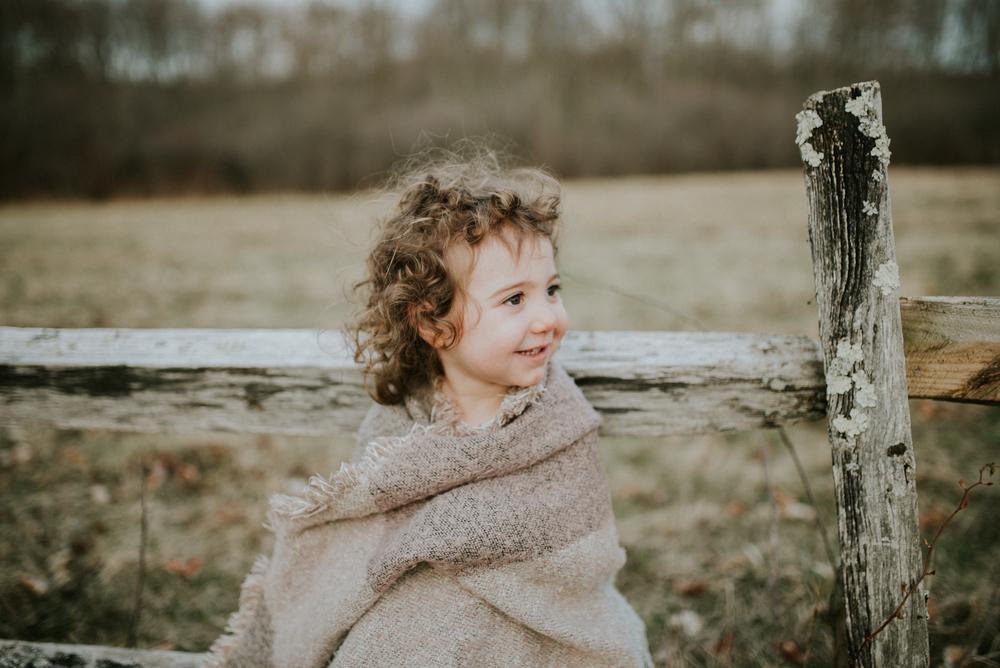 Megan Fuss Photography Creative Session Em & Aunts Family 00017.jpg