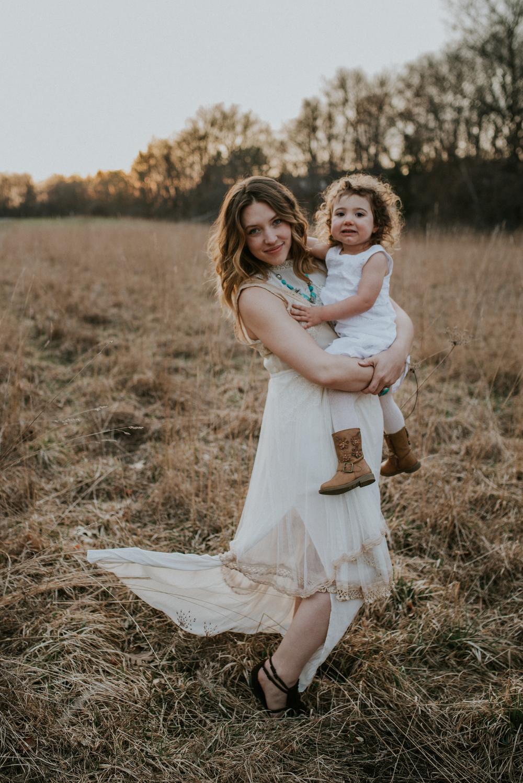 Megan Fuss Photography Creative Session Em & Aunts Family 00021.jpg