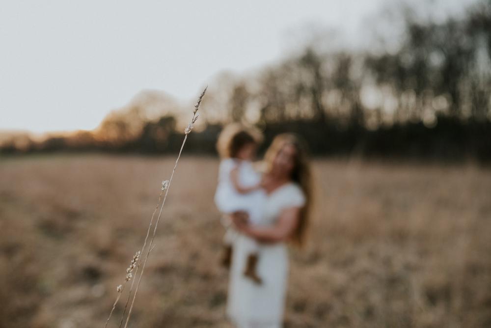 Megan Fuss Photography Creative Session Em & Aunts Family 00022.jpg