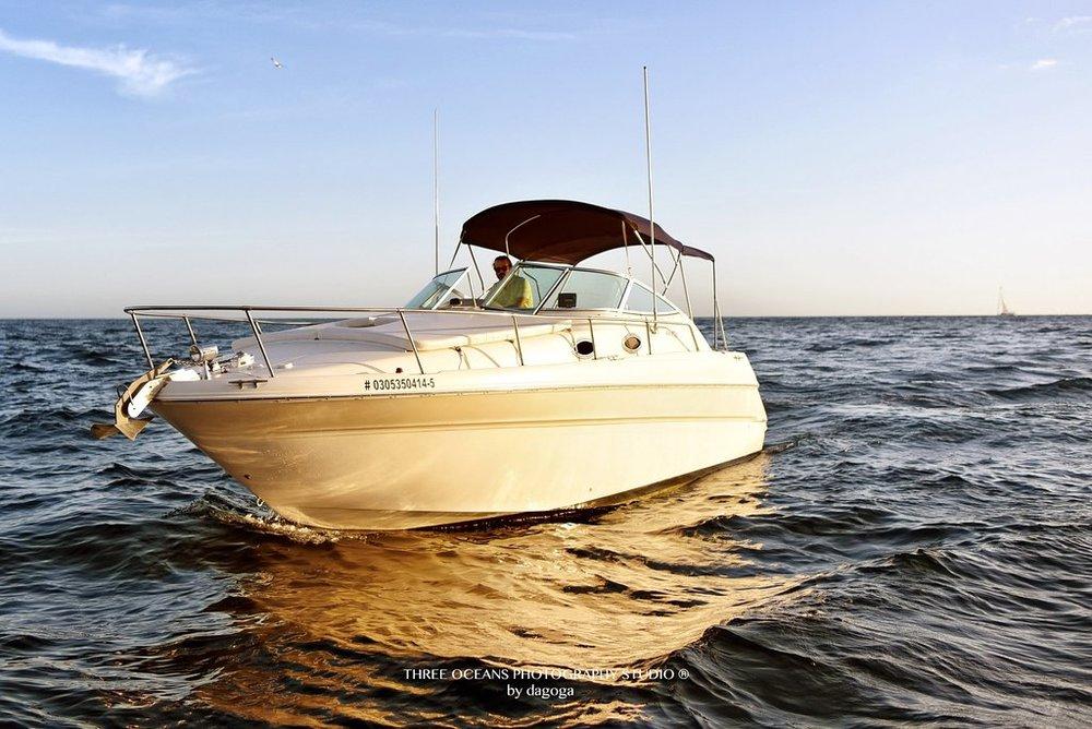 NAS 30 ft Sea Ray