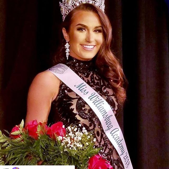 #Repost @joannsofunioncity with @get_repost ・・・ Big Congrats to @jeana_fayee on winning Miss Williamsburg Academy and thanks for making the drive from South Carolina to Union City! #juancarlospinera #joannsgirl #downtownunioncity