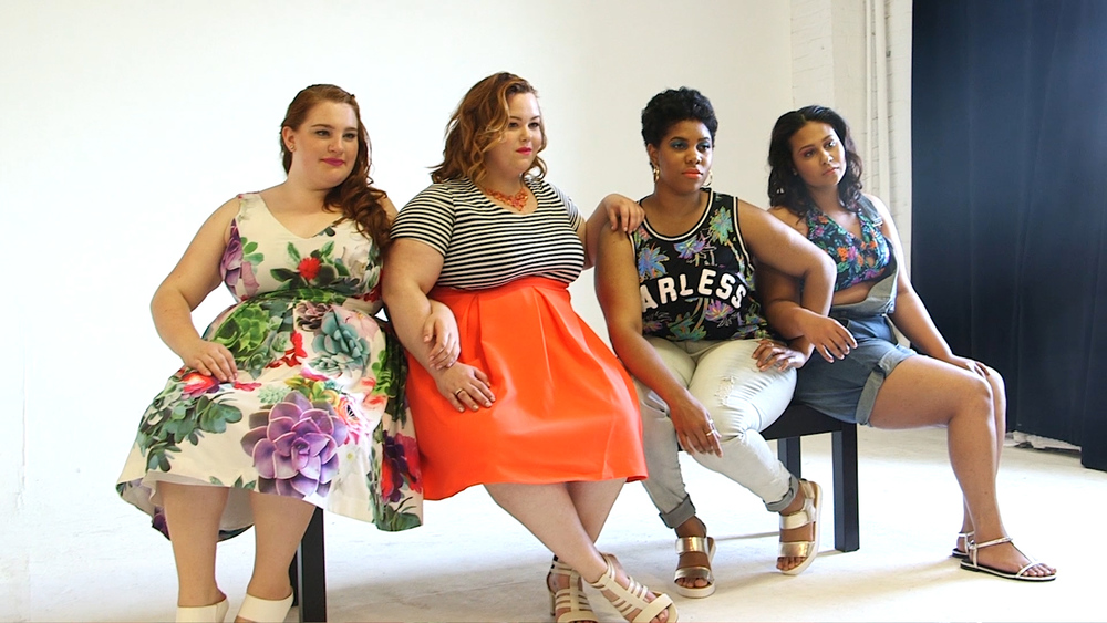 4 Real Women Models sitting posing .jpg