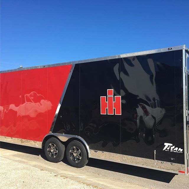 Branded this trailer.  #internationalharvester #vinyl #print