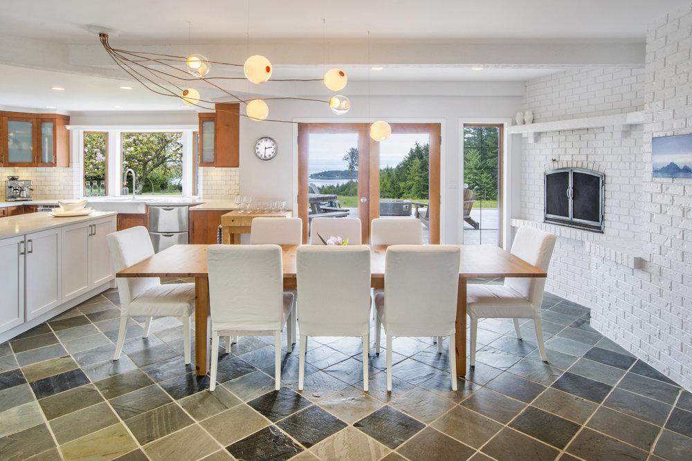 Kitchen Dining room.jpeg