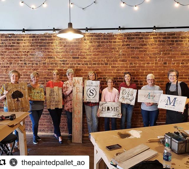 #Repost @thepaintedpallet_ao (@get_repost) ・・・ #tbtuesday to one of our most recent private pallet workshops! We currently offer public classes on Saturdays at 4pm in our downtown Opelika studio and are available for private parties for groups of 6+! book a class today or contact us to schedule a private party date at www.paintedpalletworkshops.com @spiritedart_ao #creativespace #creativepartnerships #createandsip