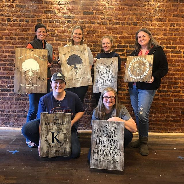 #tbtuesday to some of our most recent pallet workshops! We currently offer public classes on Saturdays at 4pm in our downtown Opelika studio and are available for private parties for groups of 6+! book a class today at www.paintedpalletworkshops.com @spiritedart_ao #creativespace #creativepartnerships #createandsip