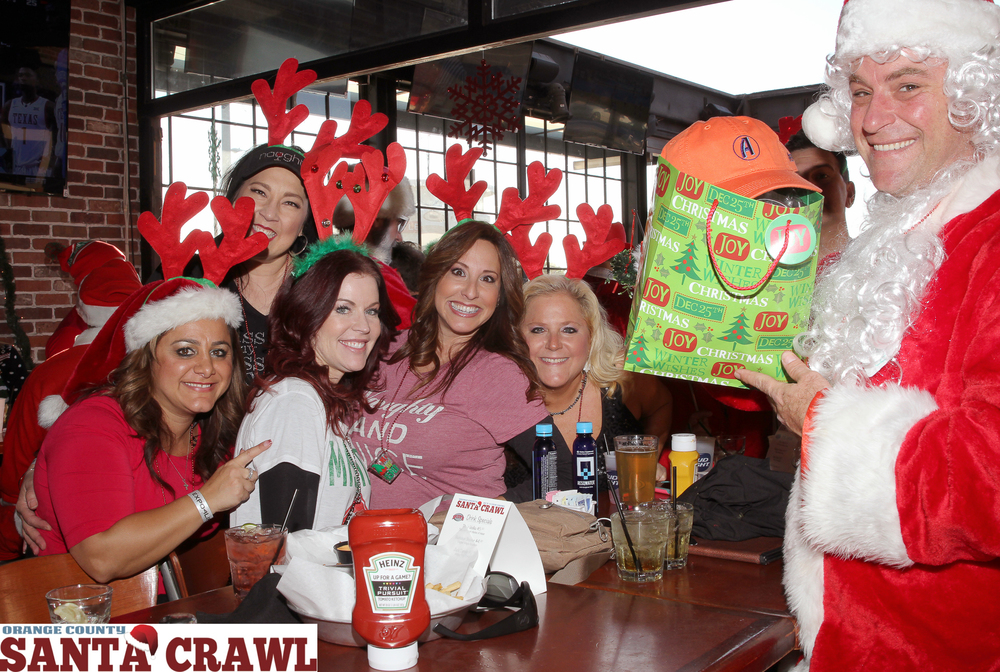 OC Santa Crawl 2015-29.jpg