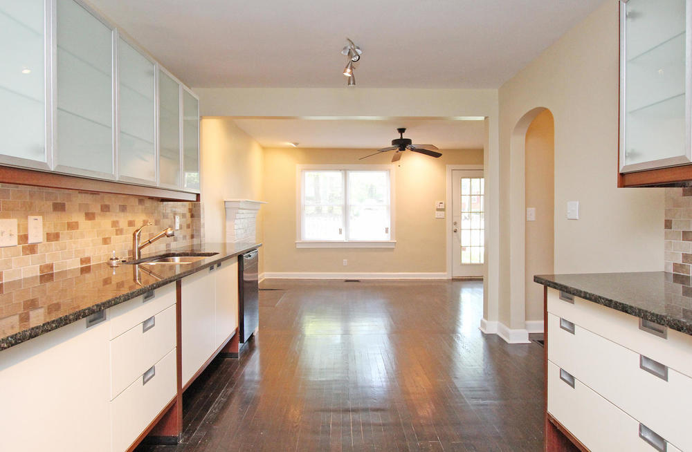 890 Custer Avenue SE Atlanta-large-011-KitchenFamily Room-1500x981-72dpi...