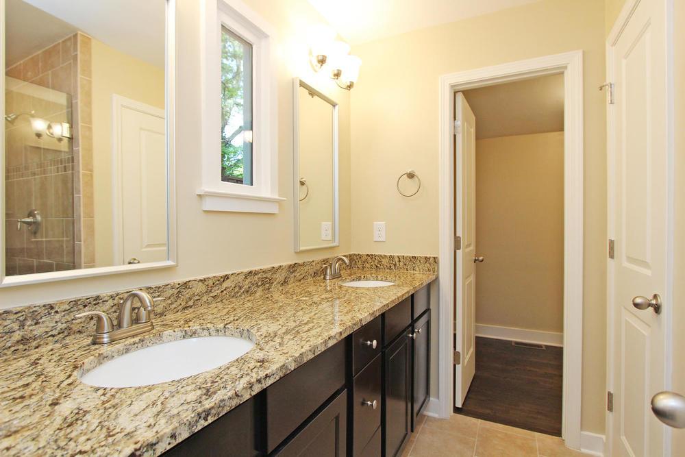 890 Custer Avenue SE Atlanta-large-016-Master Bath-1500x1000-72dpi