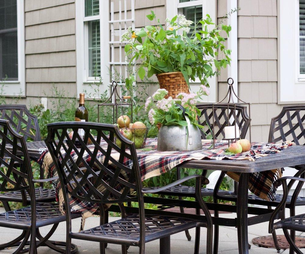 A Lakeside Fall Tablescape | Blog Hop