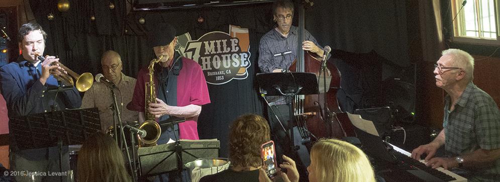 Ian Carey, Ron Marabuto, Charlie McCarthy, John Wiitala, Don Alberts: The Renaissance Band (Photo by Jessica Levant)