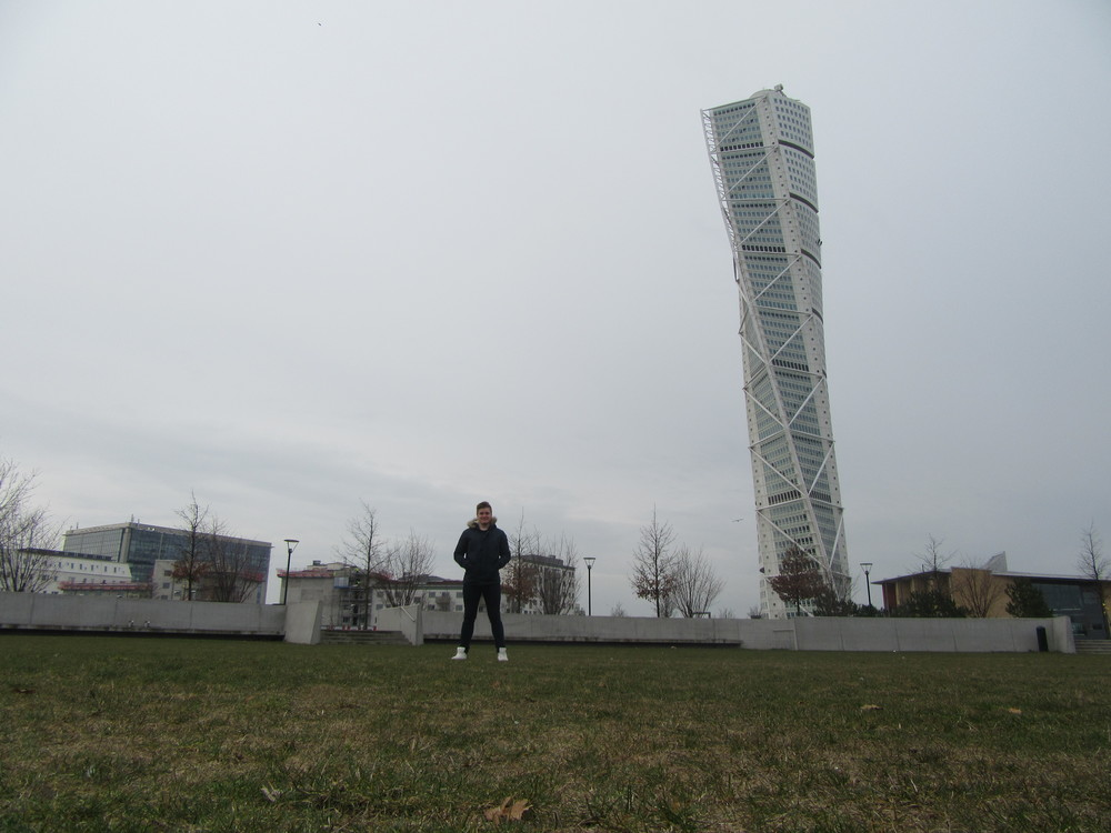 Taking my own photo outside the Turning Torso.