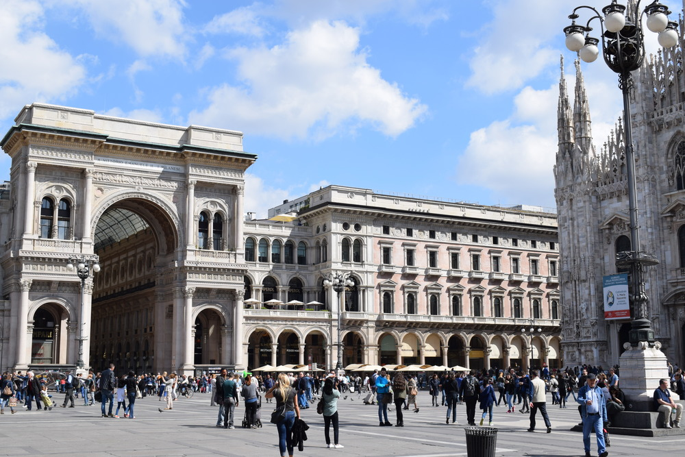 A closer look at  Galleria Vittorio Emanuele II.