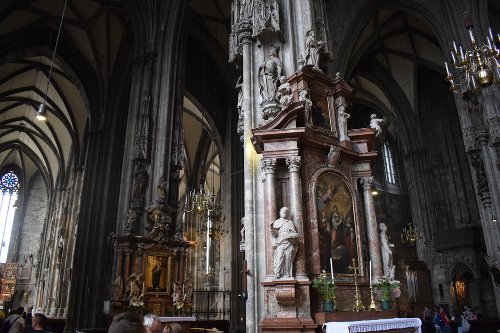 St-Stephen-Cathedral-Altar-Vienna