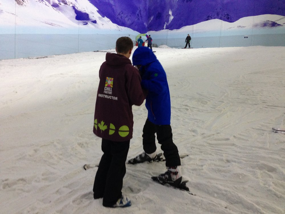 Rob helping Nafisah get to grips with the slope - you can find her blog, Bamblings of Naffy,    here   .