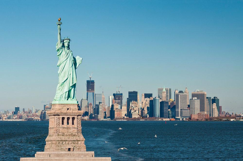 Statue-Liberty-Hudson-Manhattan-Skyline