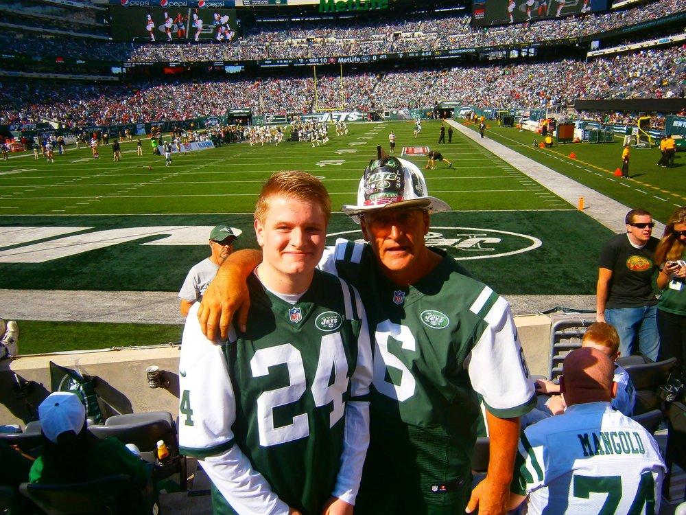 Meeting famous New York Jets fan Fireman Ed.