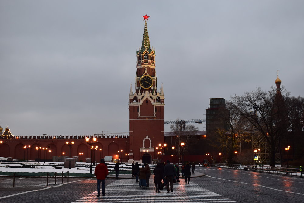 Kremlin-Tower-Guards-Moscow