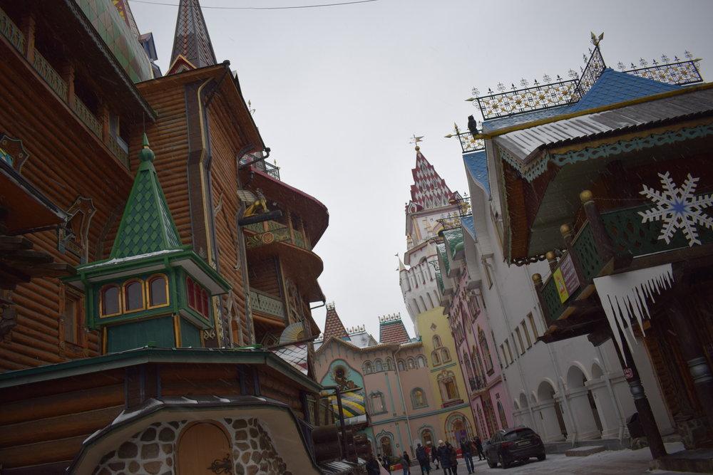 Izmailovo-Kremlin-Snow-Winter
