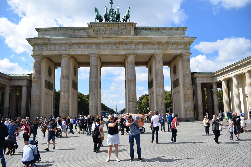 Making it the Brandabburg Gate in Berlin.