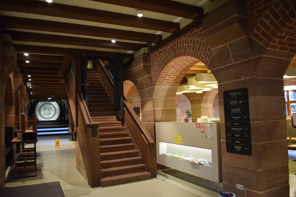 DJH-Youth-Hostel-Nuremberg-Lobby