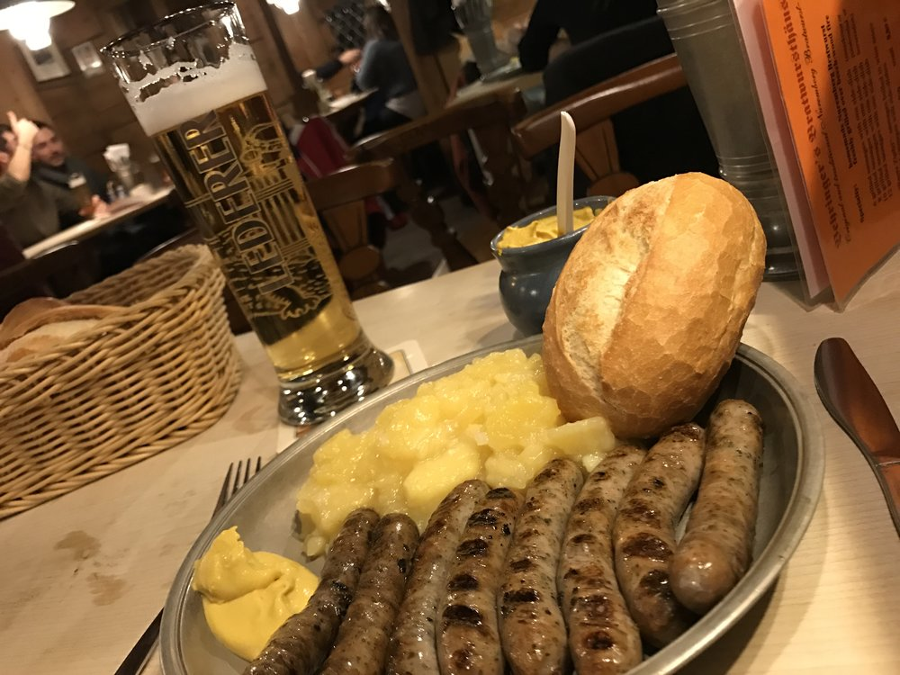 The famous Nurnbergers with potato salad and bread at    Bratwursthäusle   .