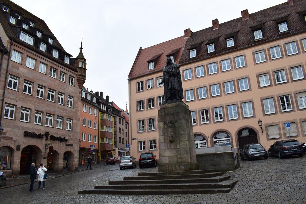 Albrecht-Durer-Statue-Nuremberg