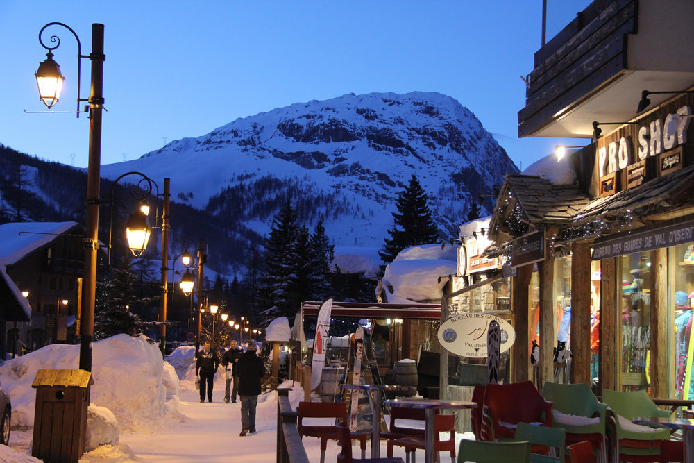 Val d'Isere is famed for its lively atmosphere. Image credit:    Ian Sanderson   /   Creative Commons