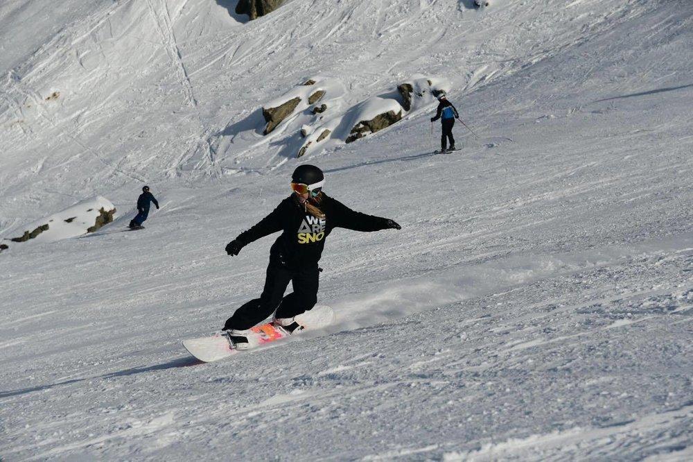 We Are Sno Snowboard
