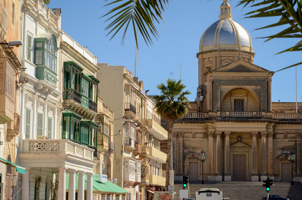The Parish Church is both must-see and can't-miss if you're visiting Birgu. Image credit:    Hannah Jane   /   Creative Commons