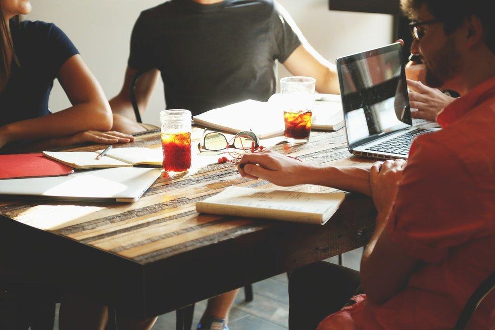 Team-Working-Office