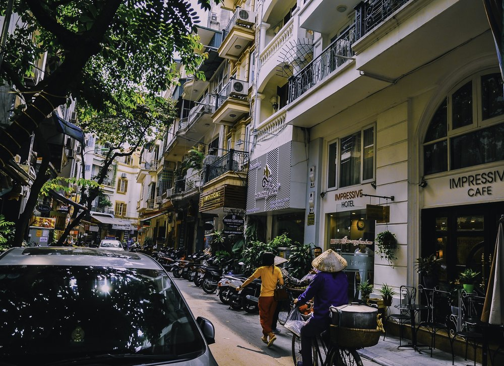Vietnam-Street-Car-Bike-Hotel-Cafe