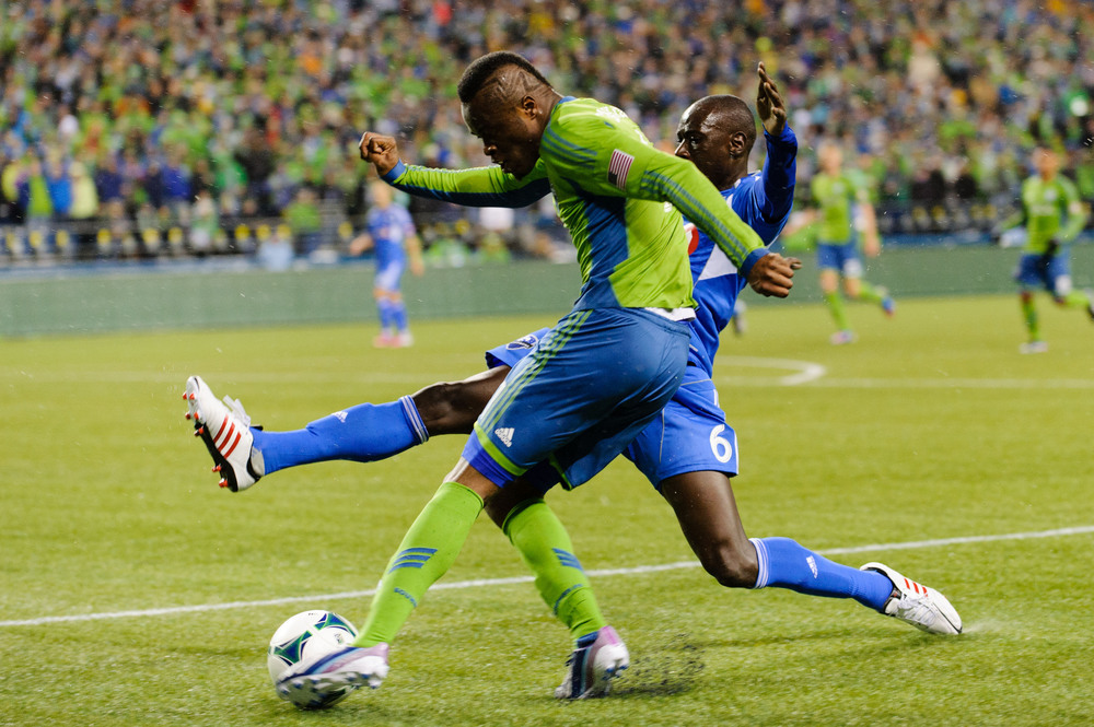 "Steve Zakuani   ""Sports are both physical and mental. Good athletes master one or the other, but great athletes master both."""