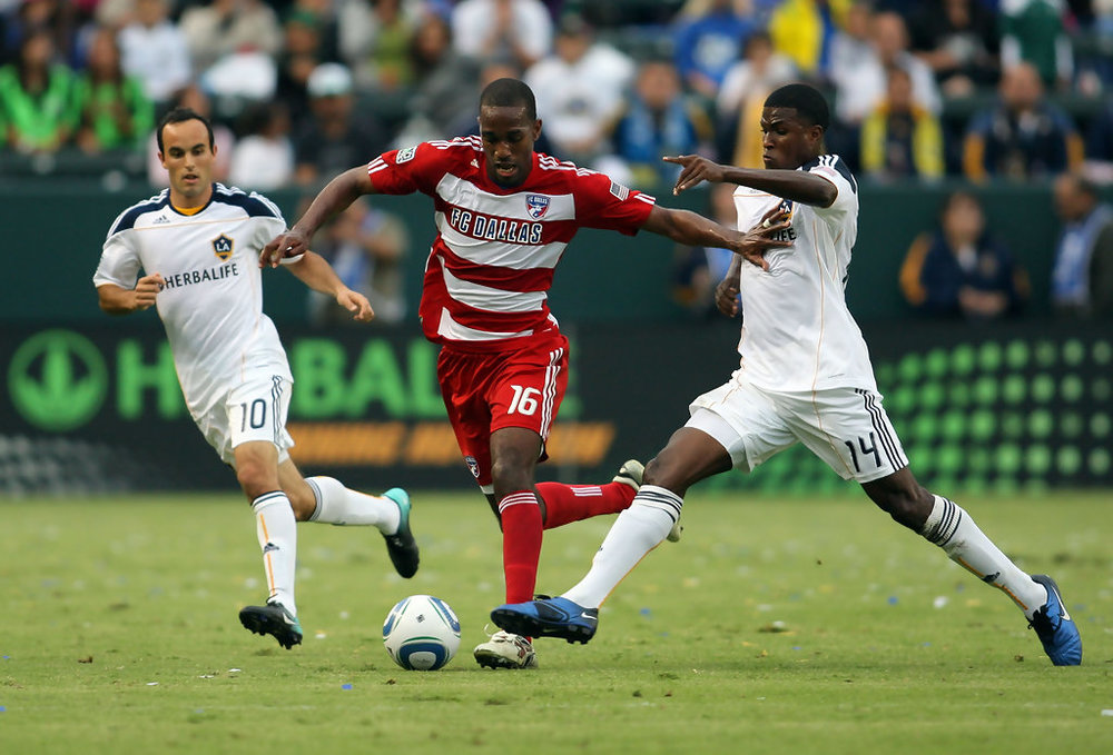 "<a href=""http://properformance.guru/atiba-harris"">Atiba Harris</a><strong> Pro since 2006; FC Dallas! </strong>"