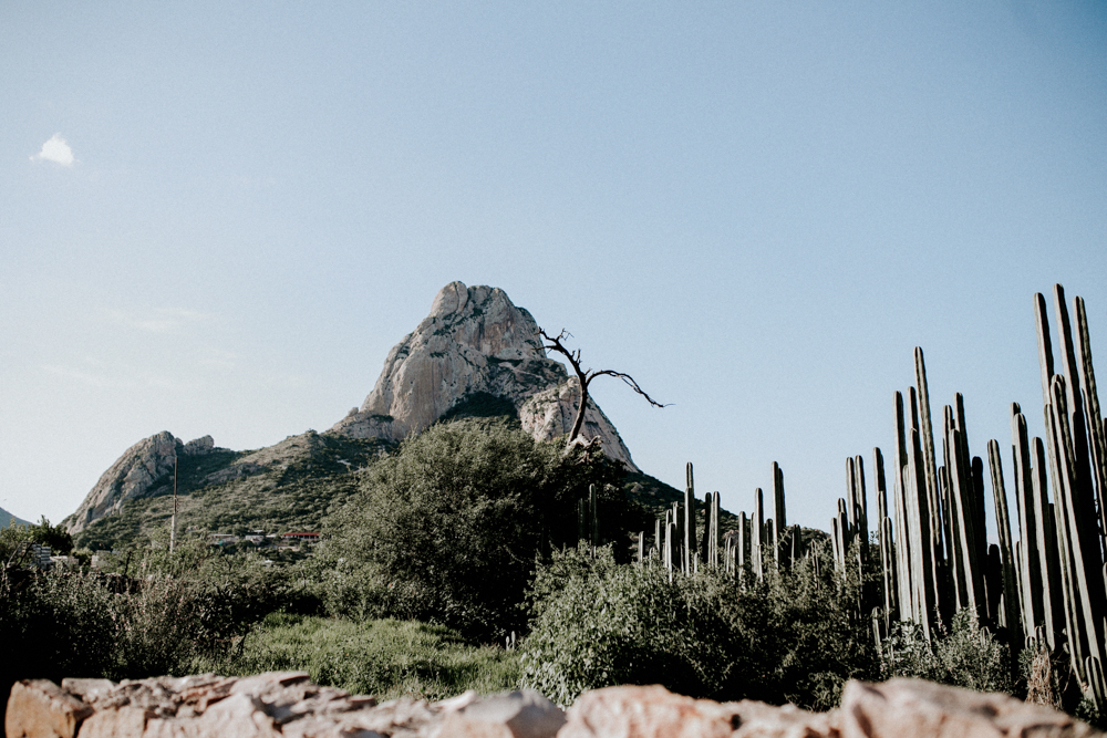 alfonso_flores_destination_wedding_photographer_san_miguel_de_allende_pena_de_bernal02.jpg