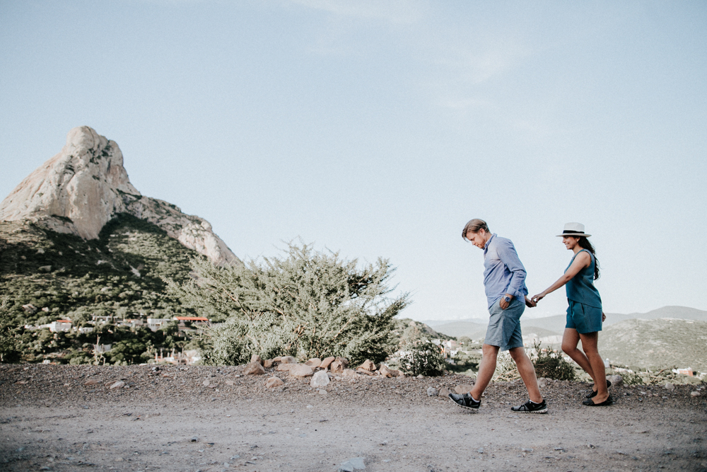 alfonso_flores_destination_wedding_photographer_san_miguel_de_allende_pena_de_bernal012.jpg