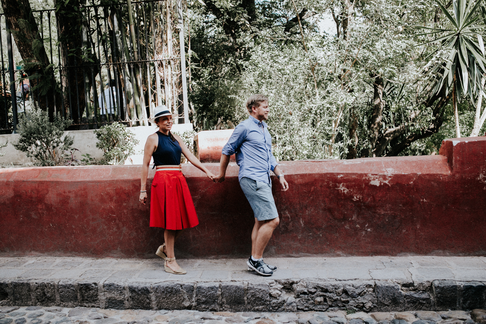 alfonso_flores_destination_wedding_photographer_san_miguel_de_allende_pena_de_bernal049.jpg