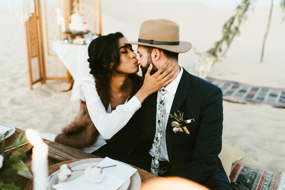 Frida enamorada boda en el desierto de baja california mexico LR-167.JPG