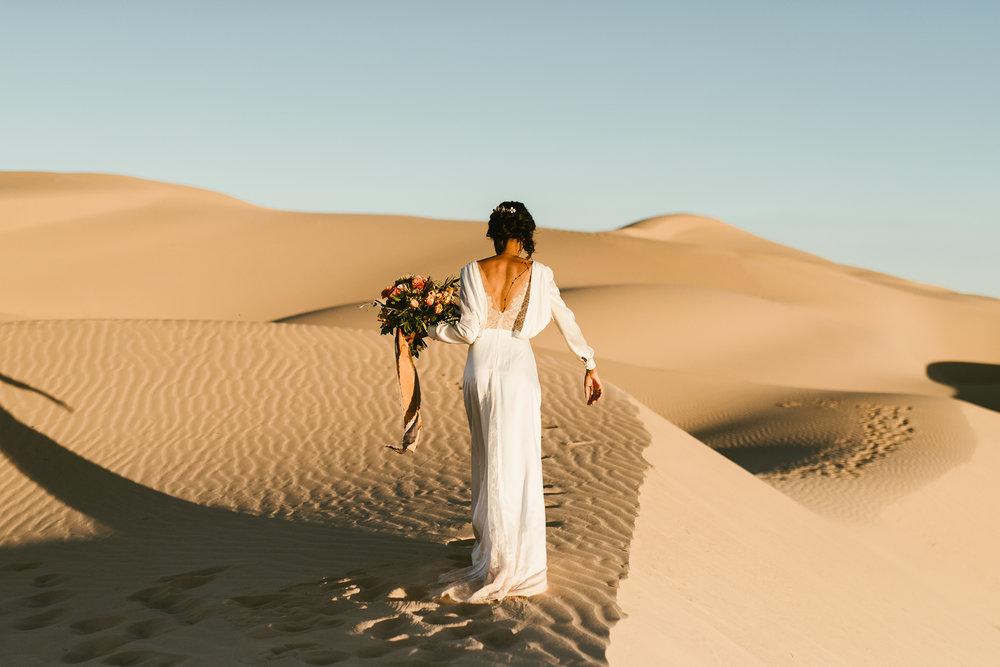 Frida enamorada boda en el desierto de baja california mexico LR-63.JPG