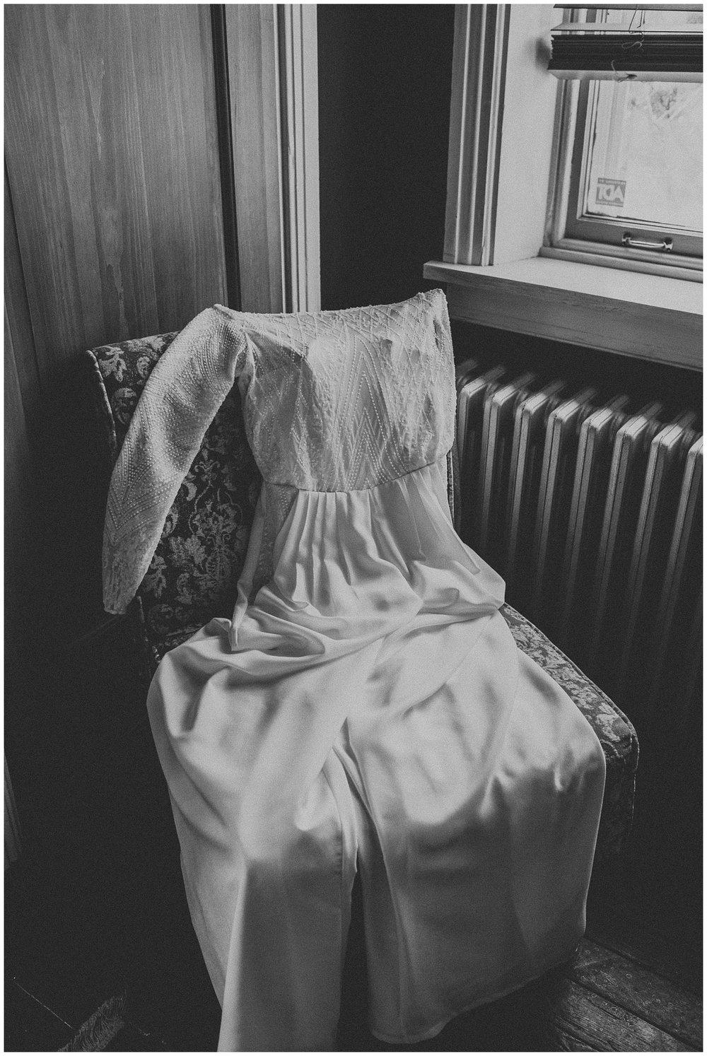 Intimate Coffeeshop Wedding at Garths Art Gallery in Columbia Lancaster Pennsylvania_0300.jpg
