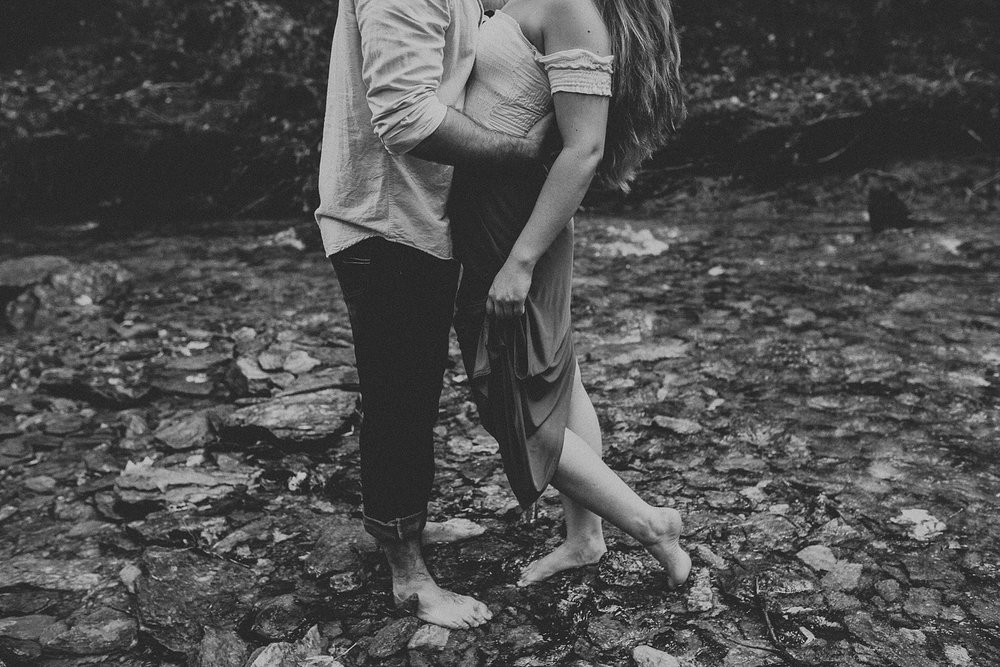 Summer Evening Boho Couples Session at Kilgore Falls Waterfalls in Pylesville Maryland_0003.jpg
