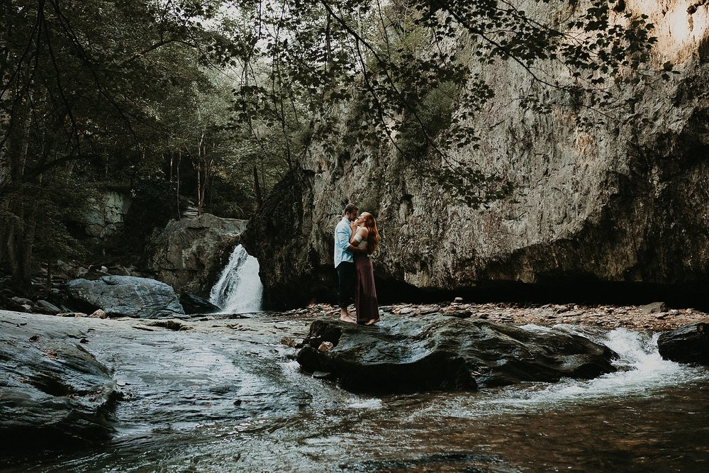 Summer Evening Boho Couples Session at Kilgore Falls Waterfalls in Pylesville Maryland_0021.jpg