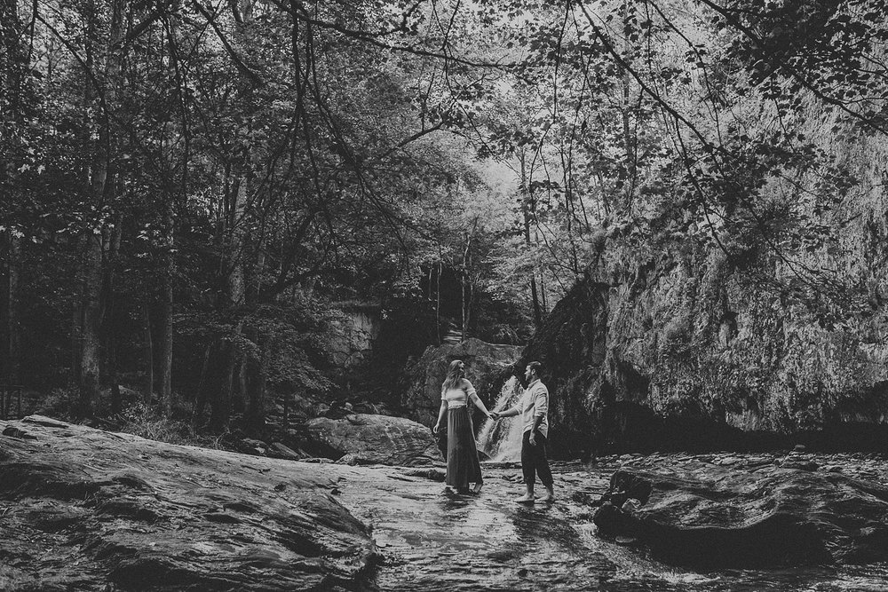 Summer Evening Boho Couples Session at Kilgore Falls Waterfalls in Pylesville Maryland_0022.jpg