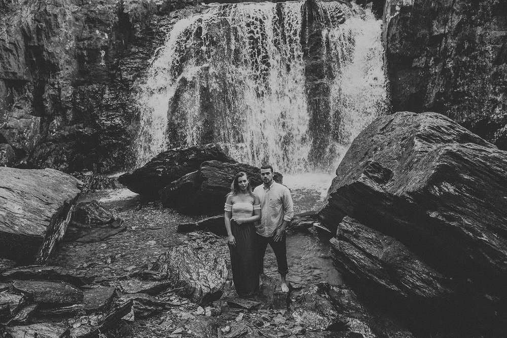 Summer Evening Boho Couples Session at Kilgore Falls Waterfalls in Pylesville Maryland_0058.jpg